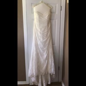 David's bridal wedding gown and veil